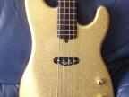 warmoth-bass-guitar-gold-8