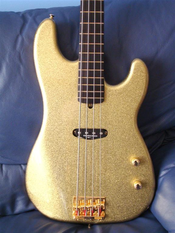 building a custom bass guitar warmoth 54 precision single coil. Black Bedroom Furniture Sets. Home Design Ideas